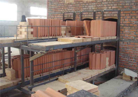 pusher-kiln for clay roofing tiles