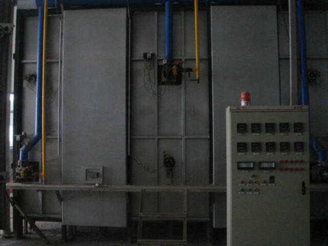 shuttle-kiln after loading photos